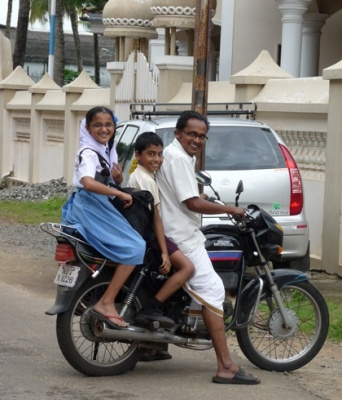 Pondichéri : moyen transport familial